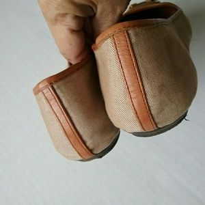 Lauren Ralph Lauren Shoes - Ralph Lauren Abigail 2 Tan Khaki Flat Ballet Shoes